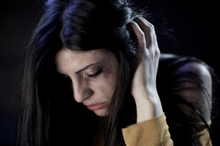 Sad woman peur d'être frappé par le mari Banque d'images - 38889053