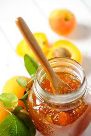 marillenmarmelade: Aprikosen-Marmelade Lizenzfreie Bilder