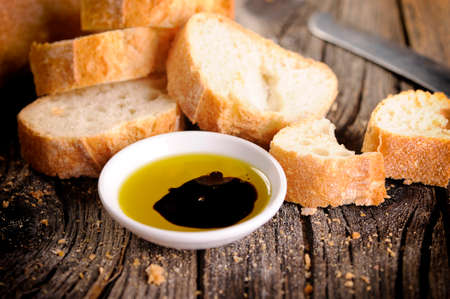 Italian food appetizer of bread olive oil and balsamic vinegar Foto de archivo