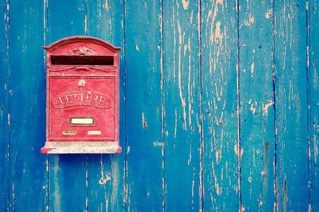 Rot-Mailbox