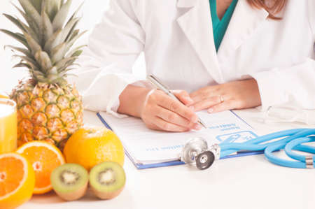 Dietitian doctor Stock Photo - 80398522