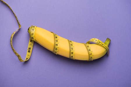 バナナと巻尺 写真素材
