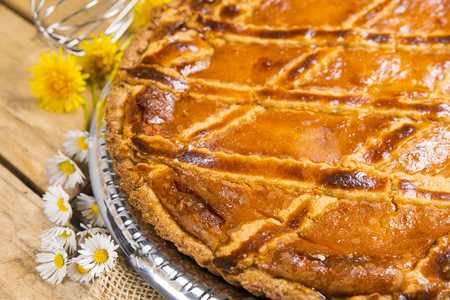 recipe decorated: Neapolitan Pastiera made with the classic recipe
