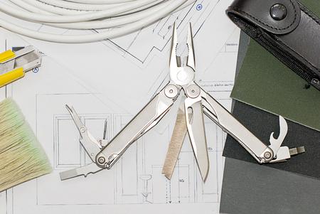 pocket knife: Multipurpose folding pocket knife
