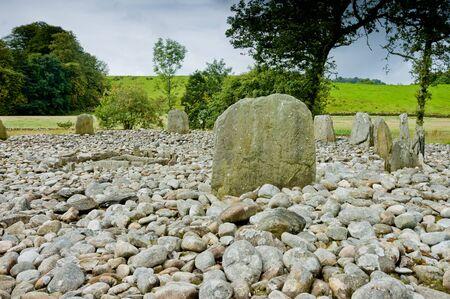edad de piedra: Vista de Templewood Stone Circle, Kilmartin Glen, Escocia, en d�a nublado