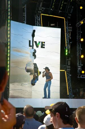 mcgraw: ROME; ITALY, JULY 2 2005. Live 8 concert, Tim McGraw on stage at Circus Maximus Editorial