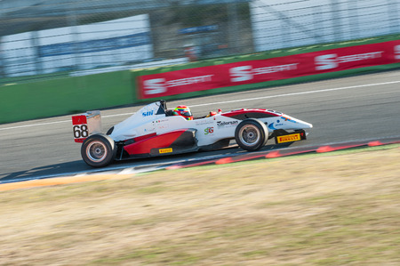autos: Vallelunga, Rome, Italy. September 4th 2016. F2 italian trophy: driver Arduino Giretti in action during race one