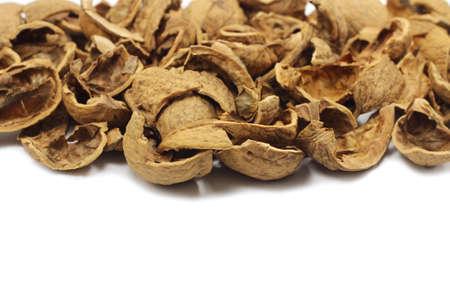 gebroken schelpen van walnoten achtergrond