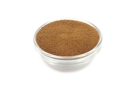 droge oploskoffie poeder in een glazen container