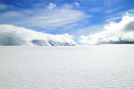 unaffected: blanket of snow in the high mountains