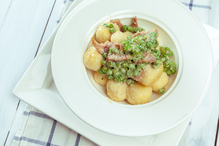 polish lithuanian: Potato dumplings with fried onion and bacon