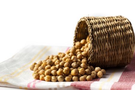 soya bean: Soybean in wood bowl