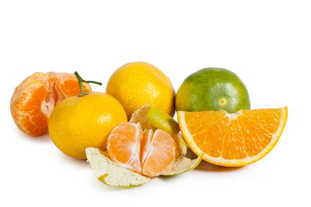 Mandarin isolé sur fond blanc