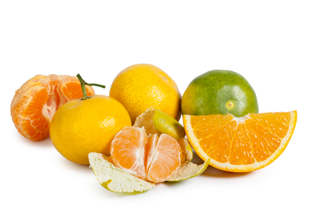 produits alimentaires: Mandarin isolated on white background