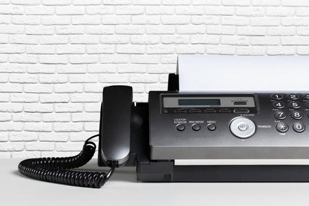 xerox: Fax machine, communication