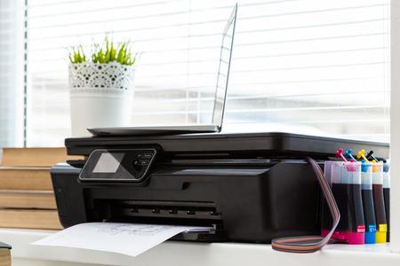 Printer and computer. Office table Zdjęcie Seryjne