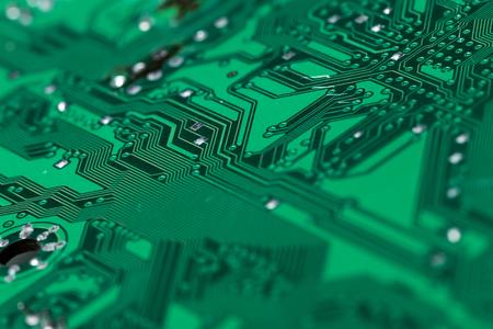 印刷された緑のコンピューター基板のクローズ アップ