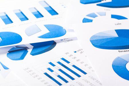 cash: Business Charts blue