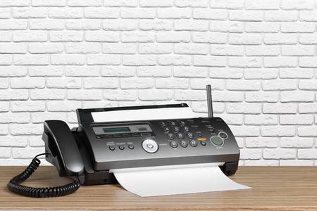 Faxgerät im Büro Standard-Bild