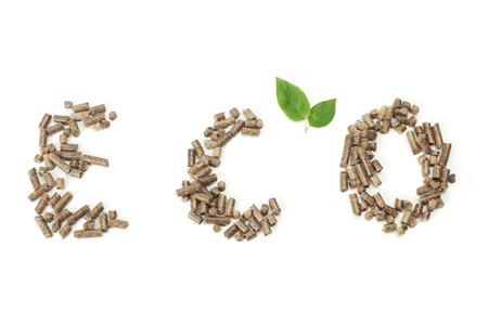 eco-lettertypen geschreven met houtpellets