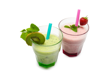 Healthy green smoothie with spinach and kiwi