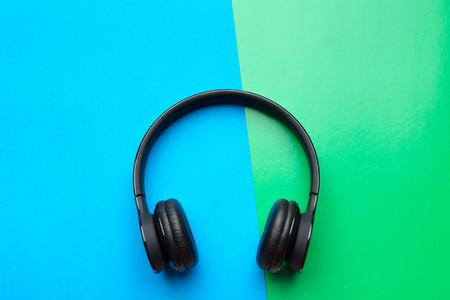 Wireless headphones Фото со стока