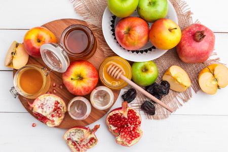 Apple and honey, traditional food of jewish New Year - Rosh Hashana.