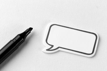 Social Media Chat-Konzept. Leere leere Chat-Blase für Text Standard-Bild