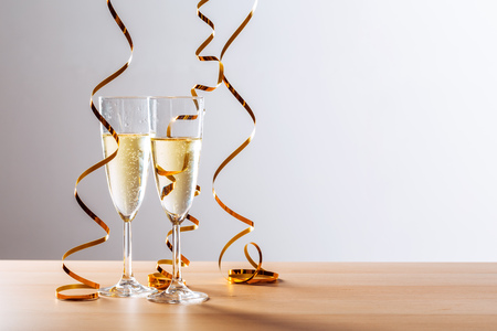 New years eve celebration background with champagne Stockfoto - 112360508