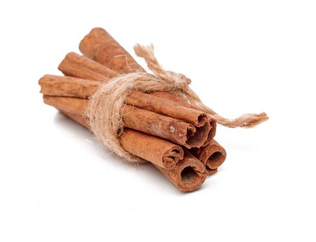 Cinnamon sticks isolated on white background. close up