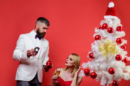 Restaurant. Serving table. Romantic dinner in restaurant. Merry Christmas. Happy New Year. Family, present, surprise, winter, happiness. Couple in love at Christmas or New year. Romantic relationship Stok Fotoğraf - 134781154
