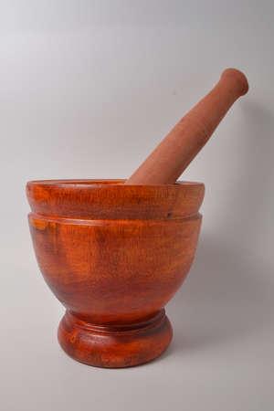 mortero: mortero de madera Foto de archivo
