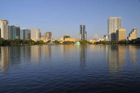 Orlando, Florida skyline gezien vanaf Lake Eola Park Stockfoto