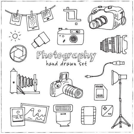 Hand drawn doodle photography set. Vector illustration. Isolated elements on white background. Symbol collection. Vettoriali