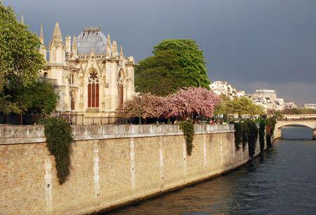 Paris - Notre Dame Editorial
