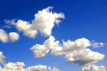 fleecy: sky background in the dark blue sky