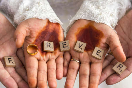 Forever Word In Wooden Cube Stock Photo - 129023752