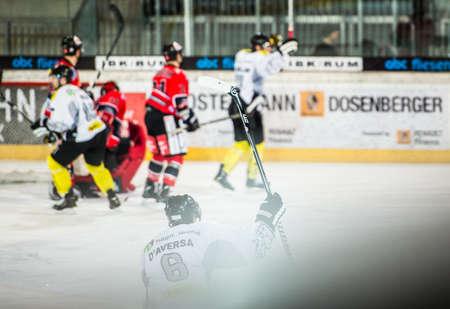 ec: 17.02.2013, Tiroler Wasserkraft Arena, Innsbruck, AUT, EBEL, HC TWK Innsbruck vs EC Dornbirn, 8. Qualifikationsrunde, im Bild Torjubel von Jonathan DAversa, (EC Dornbirn, #06)  during the Erste Bank Icehockey League 8th qualification Round match between Editorial
