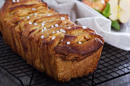 apple cinnamon: Pane di pull-apart Mela cannella