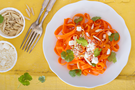 spiralized: Carrot pasta salad with feta and almonds