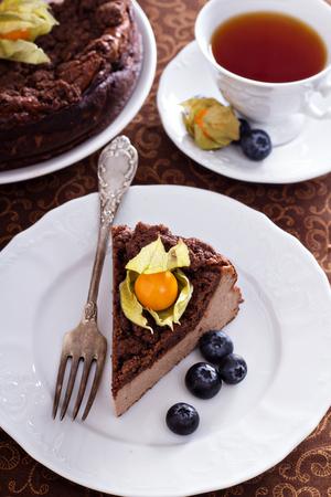 crumb: Chocolate cheesecake with crumb topping