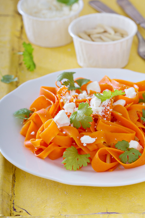 spiralized: Carrot pasta salad with feta