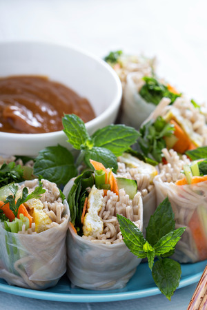 soba noodles: Summer rolls with soba noodles and vegetables