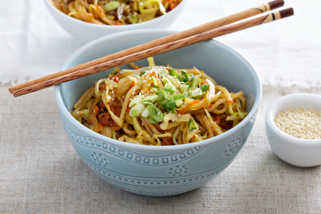 stir fry: Stir fry with noodles, cabbage and carrot