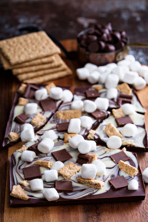 Graham: Chocolate bar with marshmallows, graham crackers and milk chocolate pieces Stock Photo