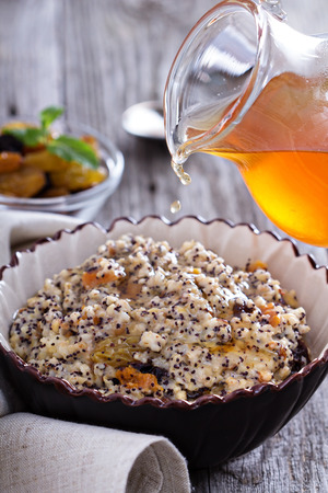 Russian traditional dish Kutia made from wheat with dried fruit Stockfoto