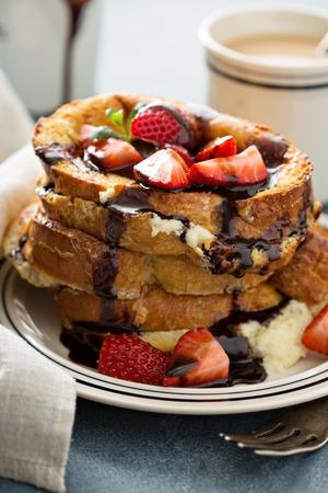 mascarpone: French toast tiramisu with coffee and mascarpone filling and strawberries Stock Photo