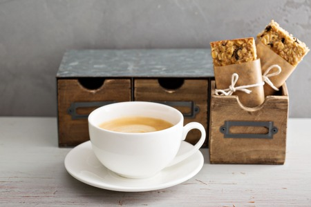 go for: Lunch or snack to go for office or school granola bars, apples and coffee