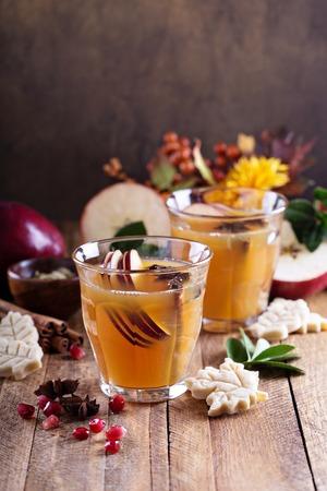 grog: Warm apple cider with cinnamon, star anice and cardamom
