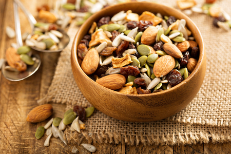 Gedroogde fruit- en notenroute mix